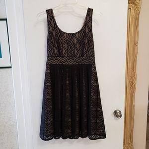 London Times Black Stretch Lace Panel Dress